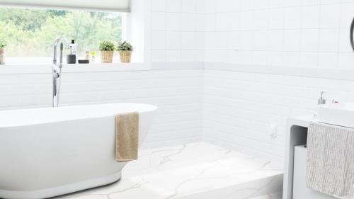 Radianz Rio Bathroom Floor(300dpi)